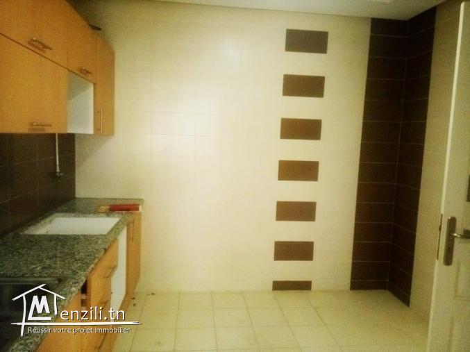 bel appartement s+3 de 120m²