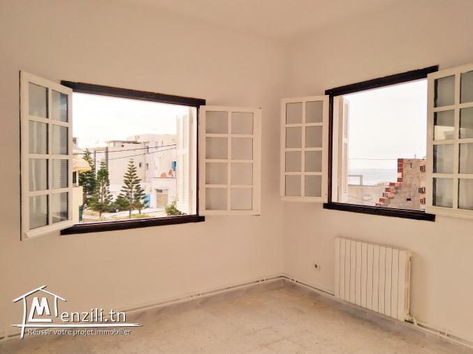 Appartement S+2 très bien aéré et très bien ensoleillé
