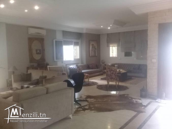 Villa indépendante à la Soukra S+3 très haut standing