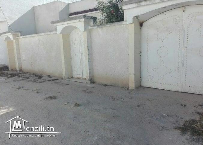 A louer/Vendre une villa (s+3+garage) cité olympique Sousse