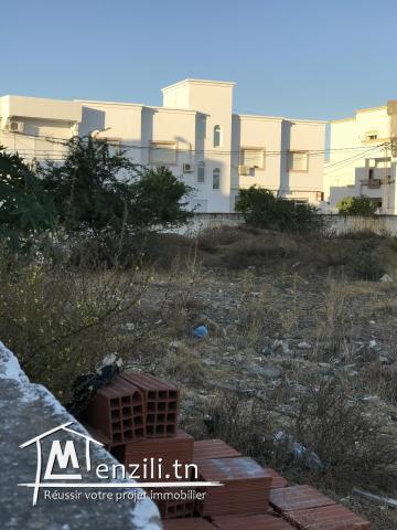 Terrain de 350 m2 à Boumhal