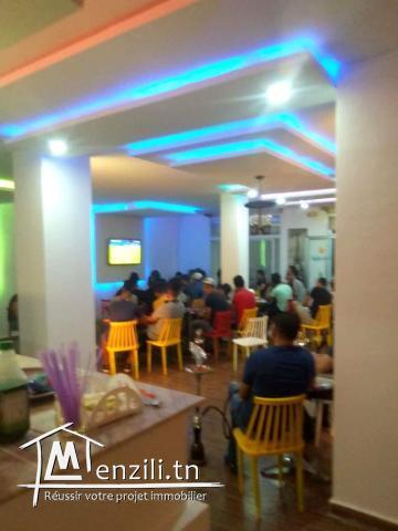 Café mixte avec  terrasse, Tunis