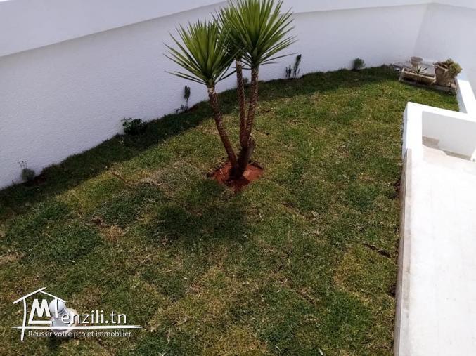 A louer villa S+7 (vide) à el menzah9