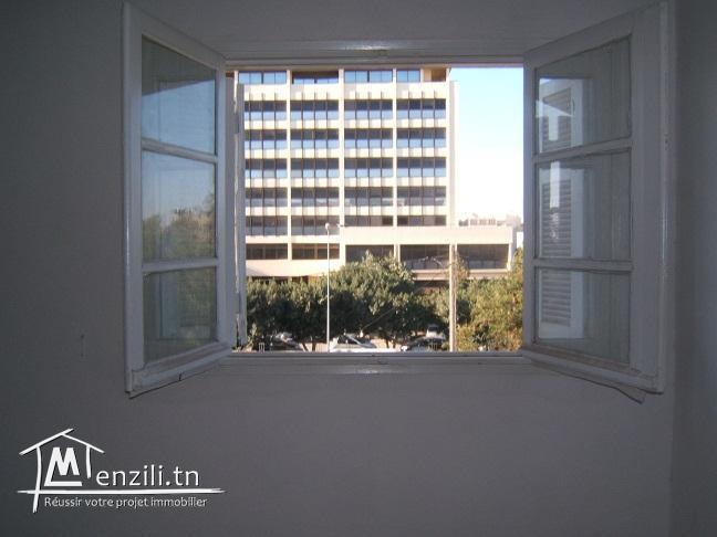 Bel appartement meublé situé au centre ville de Gafsa