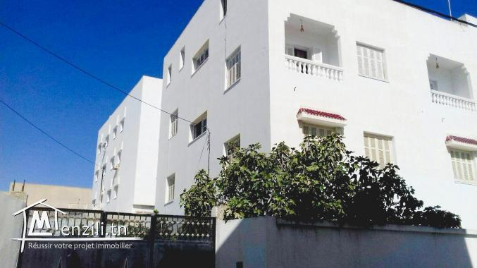 Appartement spacieux avec studio et place parking sécurisée