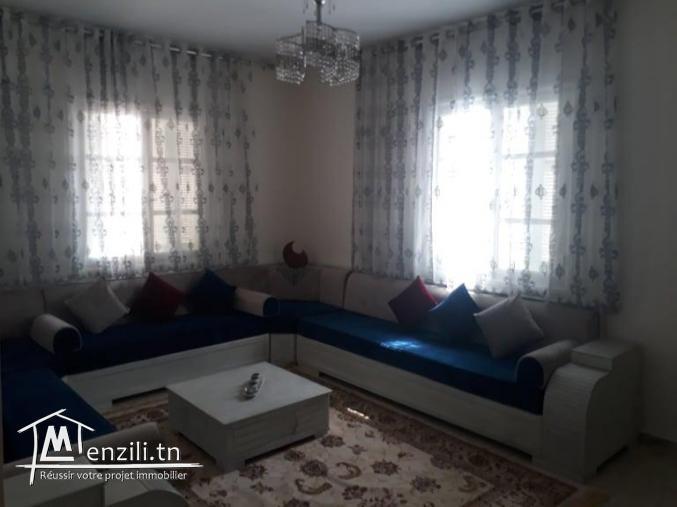 à vendre maison 2 étage  à centre ville kélibia