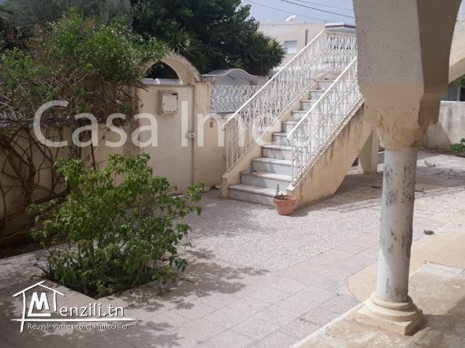 villa de deux étages située à bardo