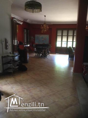 Villa de charme avec piscine dans les vergers de Soukra