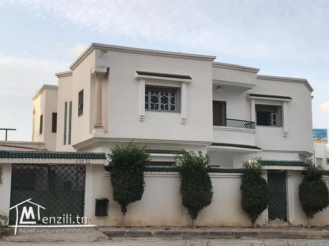 Villa HS avec piscine à Riadh Andalous