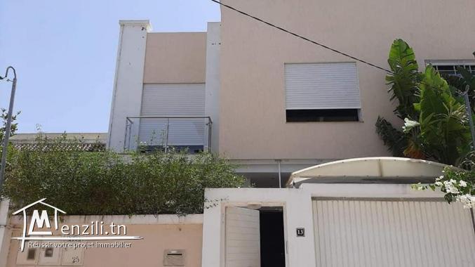 Villa  Moderne sur terrain de 200 m²  de  à La Soukra