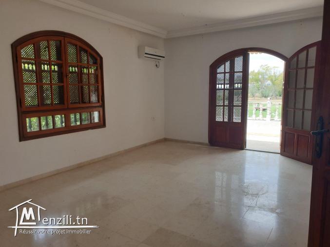 Villa indépendante située dans un quartier résidentiel à Narjess 2 Kantaoui