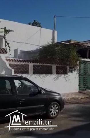 A vendre une villa S + 3 , jardin et guarage au KEF