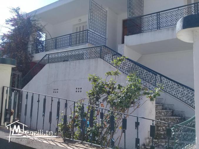 Vaste villa Situé à Ain Mariem à 5mn de la plage de sidi salem co