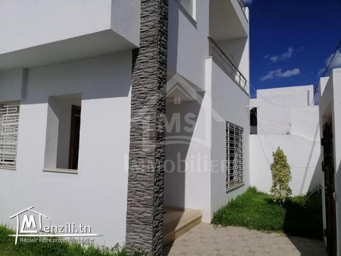 une belle maison S+3 à vendre 51333131