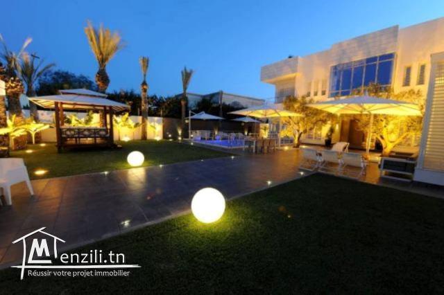 Villa SAUMON (Réf: V1270)