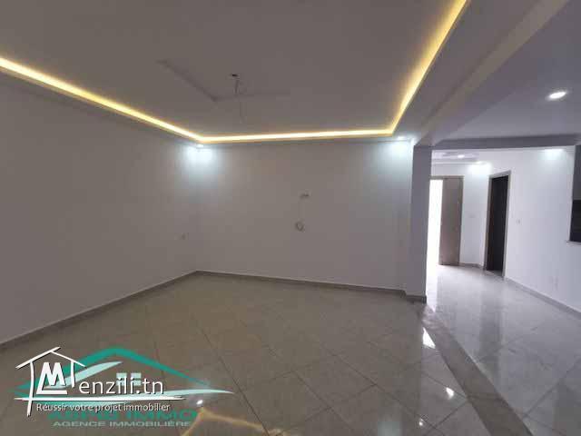 Maison  160 m² à Kelibia sur la route  Kelibia hammem ghzeez