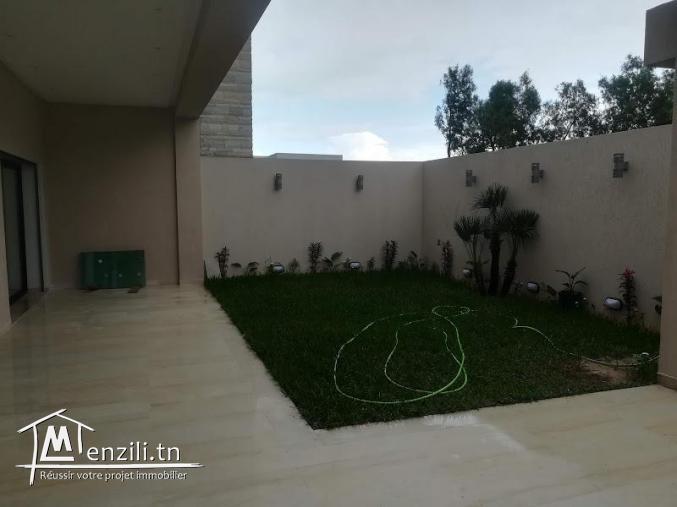 Jolie et coquette villa à Soukra