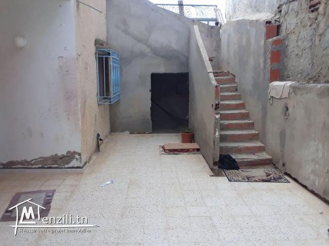 Maison deux niveaux 150 m compagne Hammamet