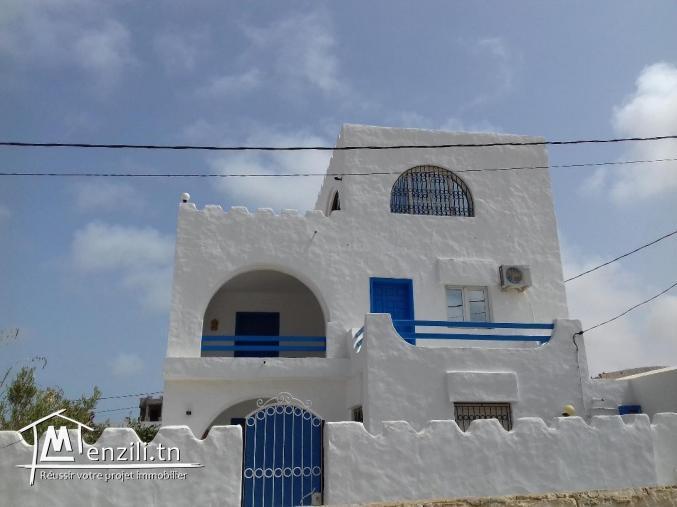 villa recente a ogla en 2eme position de la plage