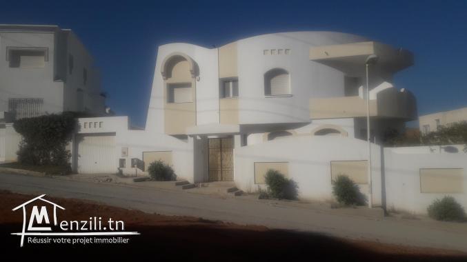 villa jumelée à jardins menzah2