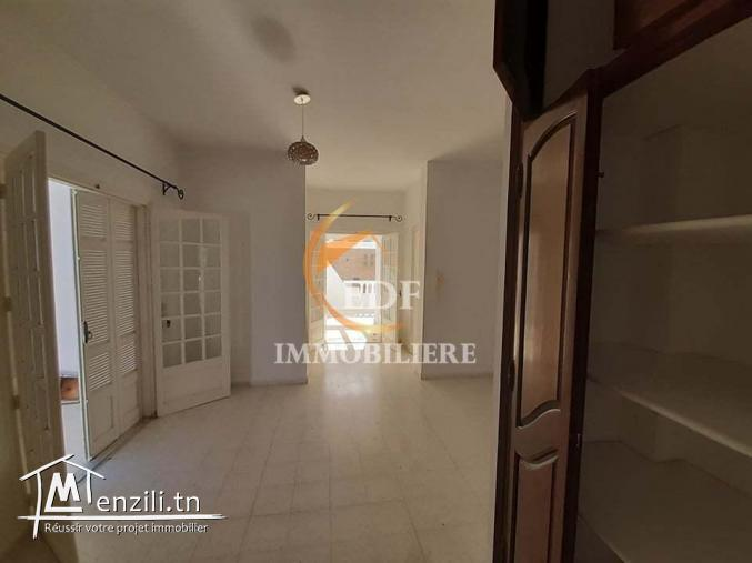 REF 1438 : une grande villa s+4 à corniche bizerte