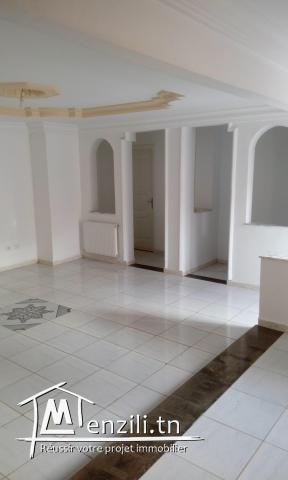 a louer etage de villa menzeh4