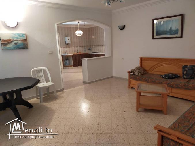 une villa et studio  A VENDRE ???? à El Haouaria