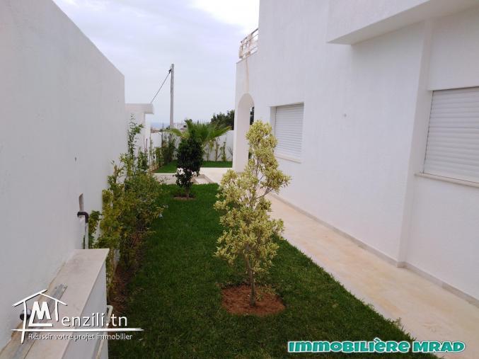 AV une belle villa toute neuve  à Hammamet nord.