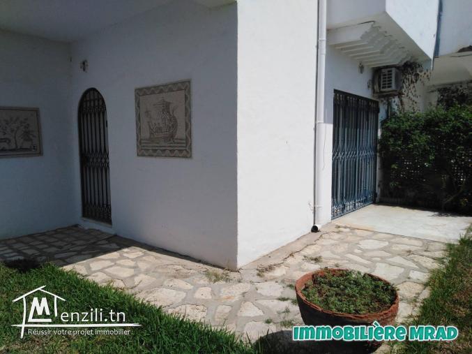 AV une belle villa s+3 à Hammamet zone théâtre