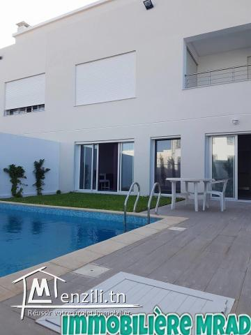 AV  une magnifique villa  à MNaret Hammamet.