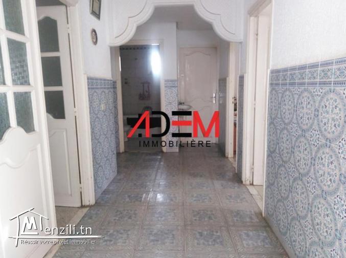 Maison sur deux niveaux à Sahloul