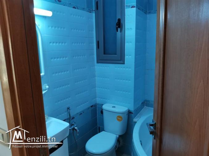 A vendre appartement S+3 situé à l'avenue 14 Janvier Sfax ville