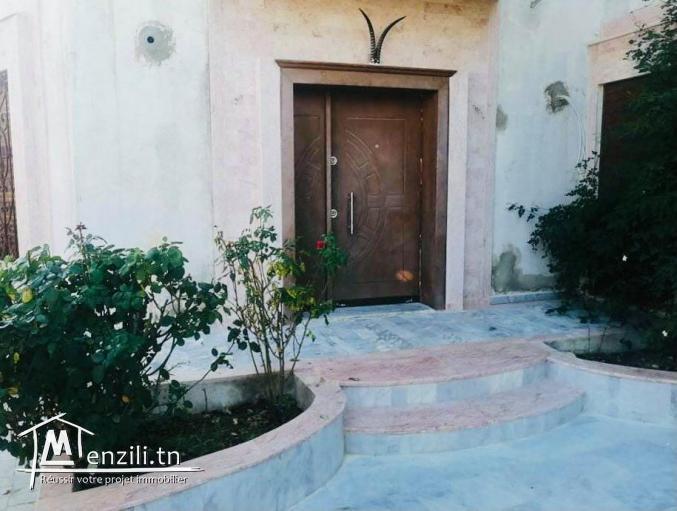 Villa indépendante de luxe à vendre