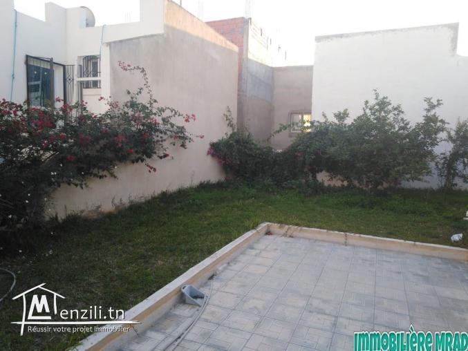 LOCATION une maison S+2  à rond-point sultan Hammamet