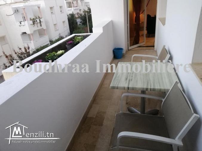 Joli Appartement avec terrasse à Cité Ennasr 2