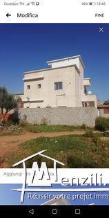 Deux Etages de villa a Sidi Hssine Sijoumi