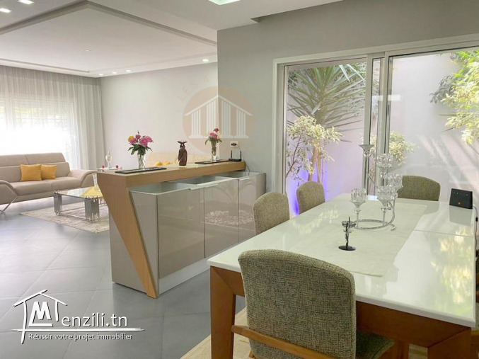 A Vendre une villa de 240m² sur un terrain de 368m² sis à Boumhel