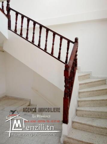Réf : M141 duplexe en plein centre ville Bizerte.