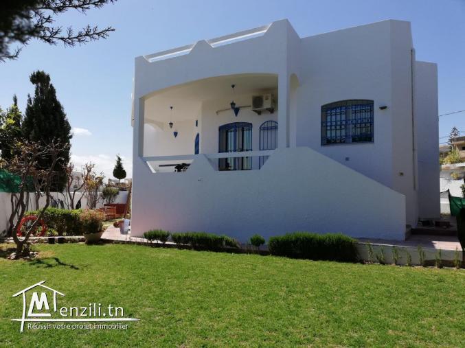 Cause départ vend vila haut standing à El Haouaria