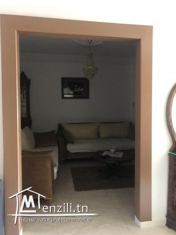 Villa située à ibn sina derrière station métro el Ghazeli