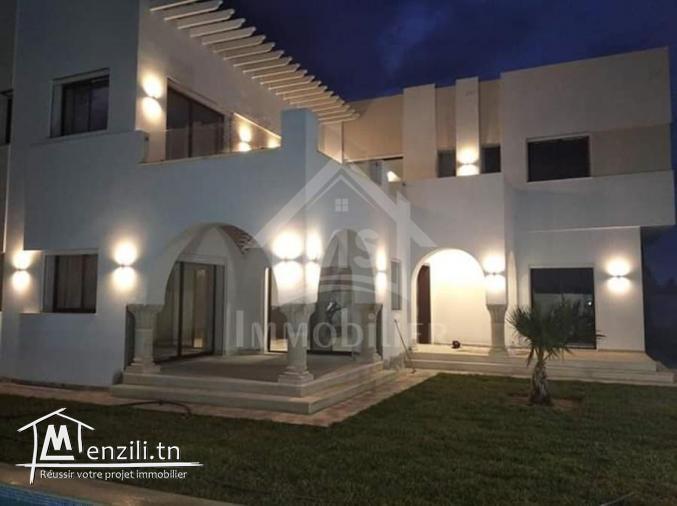 villa de 270 m2 sur 500 m2 a vendre