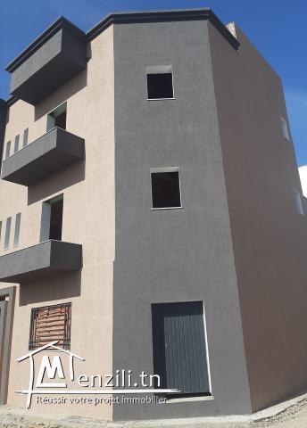 Immeuble Inachvé de 3 Appartement (S+2)