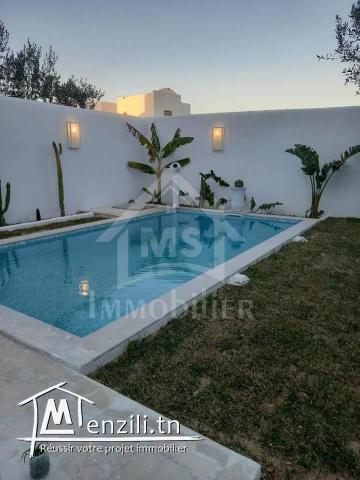 une villa avec piscine et garage à vendre 51333131