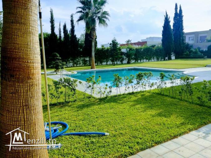 A louer un Loft avec piscine commune