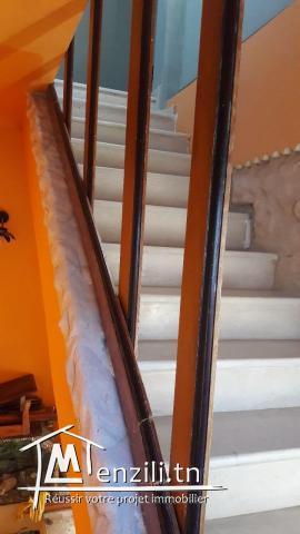à louer un étage d'une maison au mourouj 3