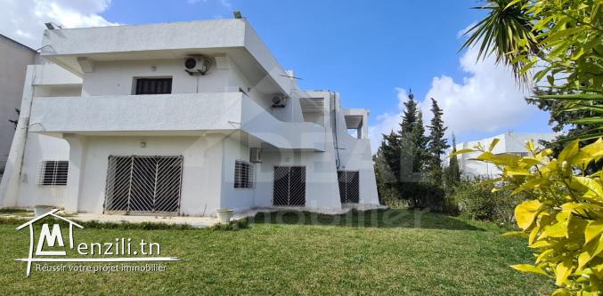 """""""Villa de 1080M² à El Menzah 4"""