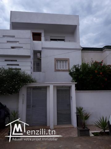 Maison a jardin du Carthage route marsa