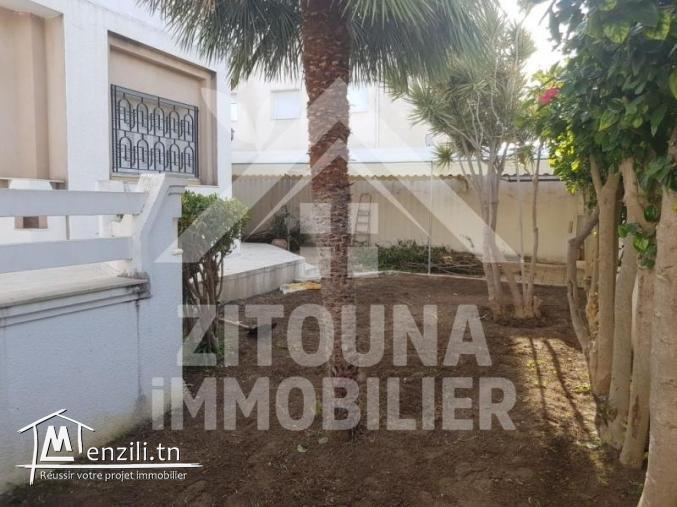 A louer une villa S+7 à cité des juges La Marsa