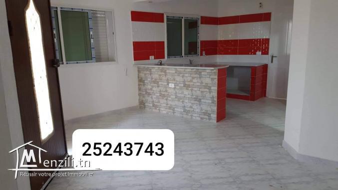 Maison a vendre au centre ville haouaria s+2
