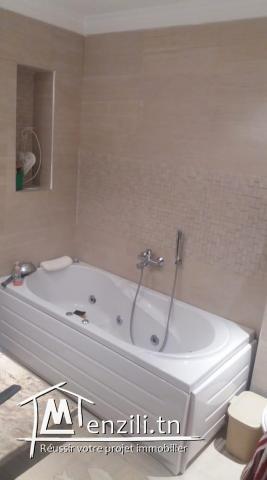 1500 DT 2éme étage de villa à Ennasr 1